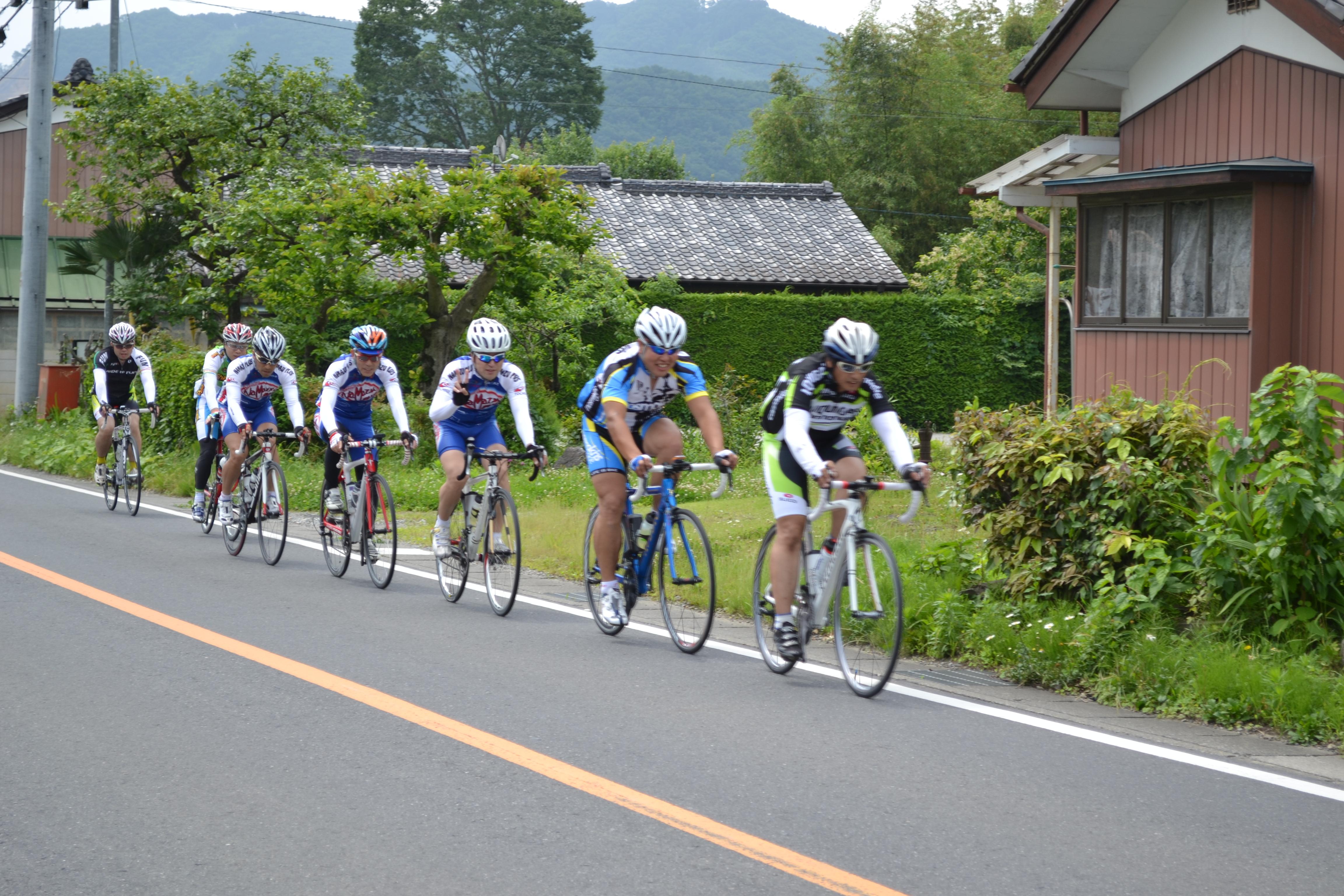 http://cycleshop-fun.com/images/DSC_0254.JPG