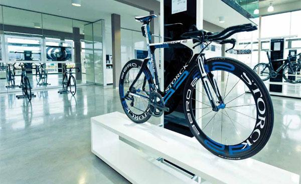 http://cycleshop-fun.com/images/bikes.jpg